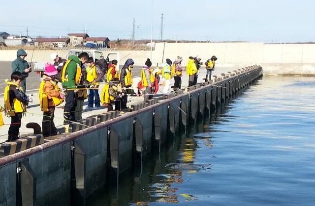 手ぶら漁港釣り体験