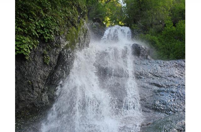 三味線滝(北海道鹿部町)