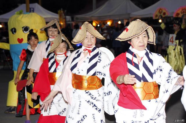 仮装盆踊り・花火大会