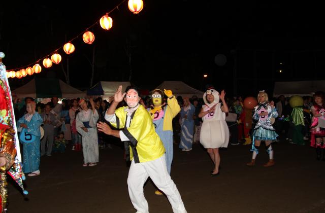 鶴居村ふるさと盆踊り・花火大会