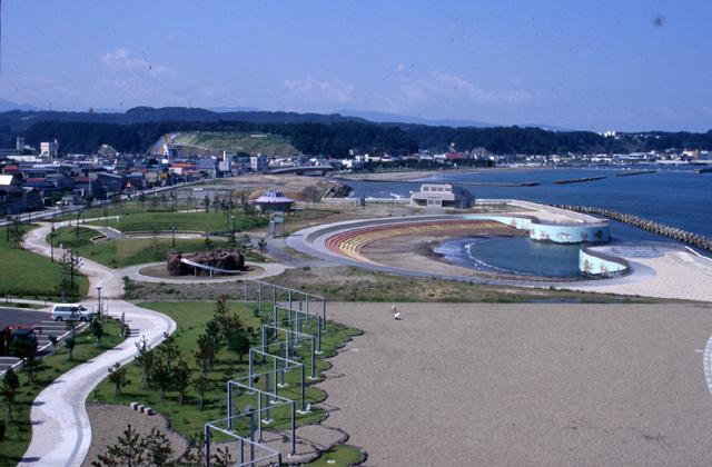 新設鰺ヶ沢海水浴場