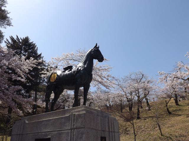 花鳥号銅像