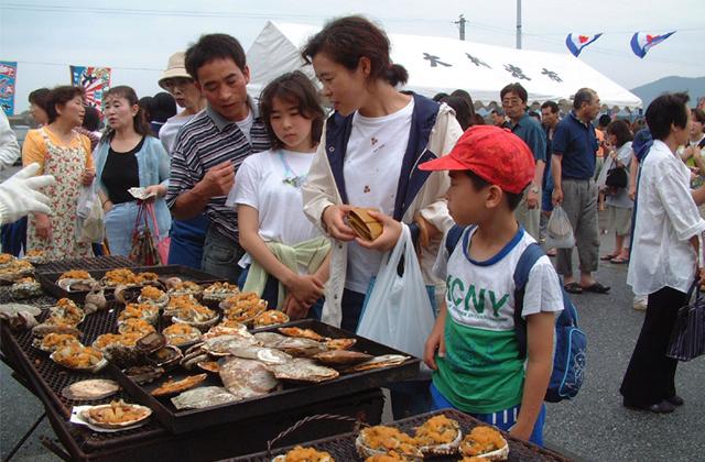 秋刀魚・うに・アワビ・帆立・かき・ホヤ・わかめ祭り