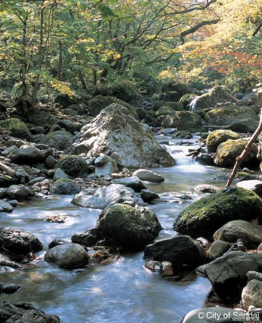県立自然公園二口峡谷