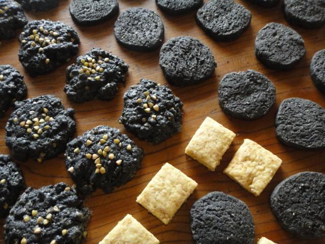 炭クッキー