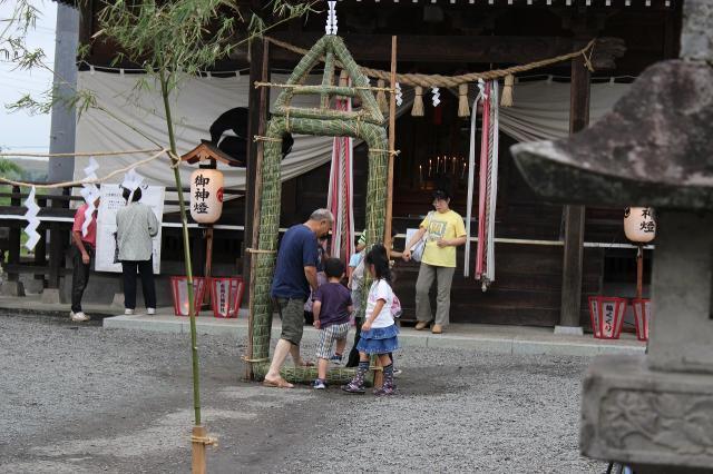 吉岡八幡神社輪くぐり