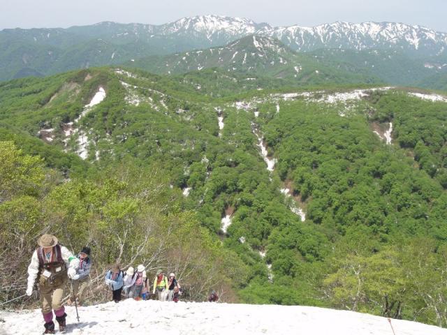 白神山地~二ツ森登山~ミネザクラを見よう~