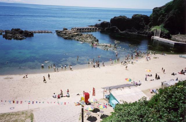 飛島海水浴場
