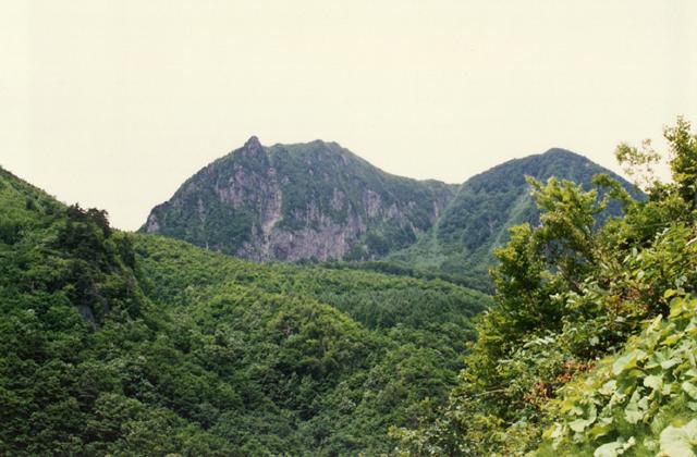 黒伏山の岩壁