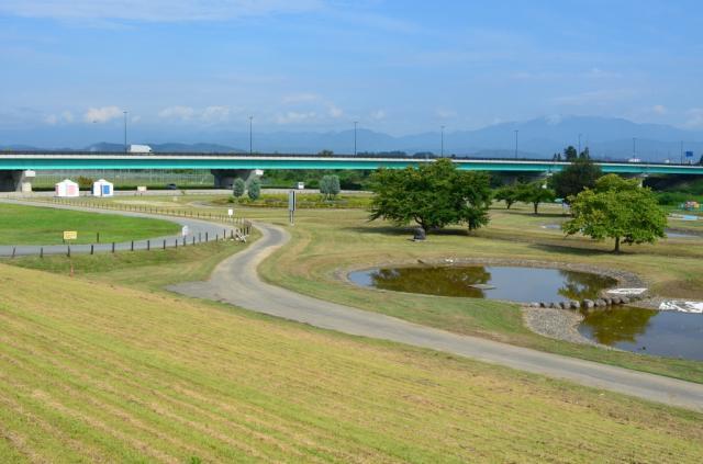 最上川潺潺水聲公園