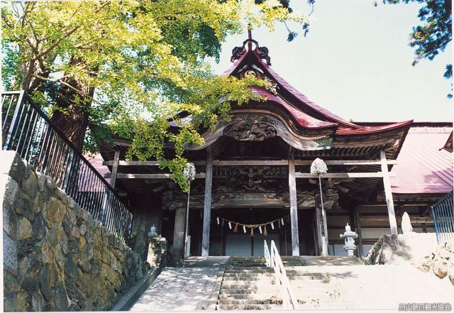 岩根沢三山神社(旧日月寺)
