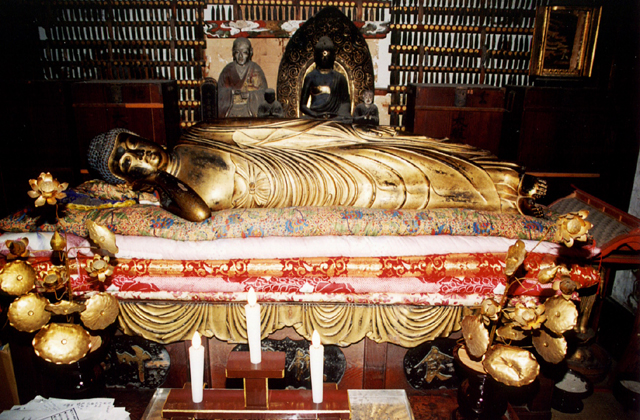 釈迦涅槃像(山形県大石田町)