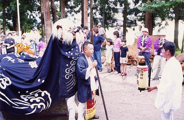 萩生諏訪神社祭礼