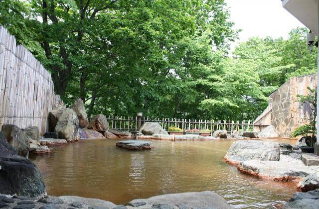 元湯大露天風呂 みやま荘