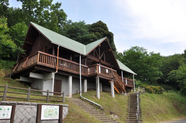 三ツ石森林公園