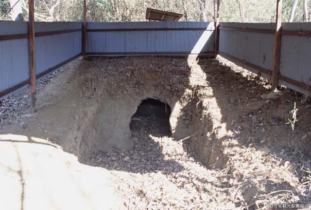 Tile mound kiln trace