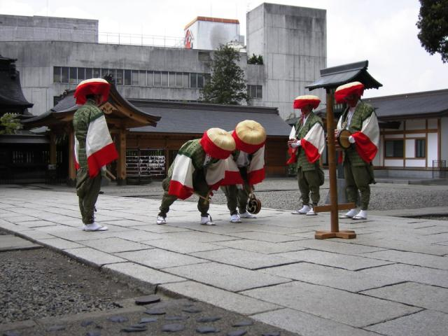 Ritual music and dancing performed in Shinto shrines and Buddhist temples festival (dengaku dance of Horigome)