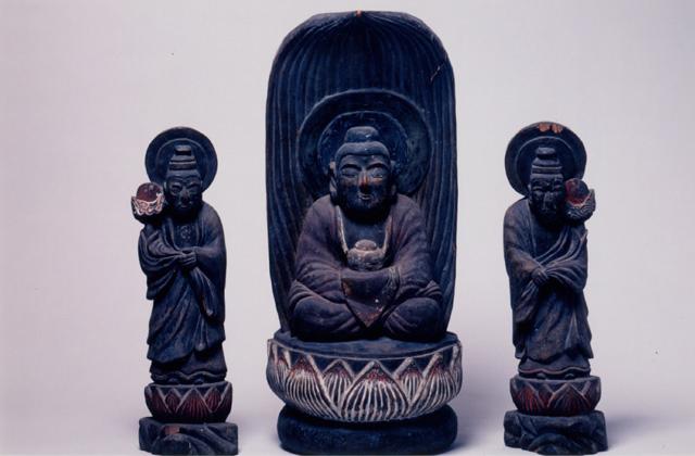 木造薬師三尊像と十二神将像