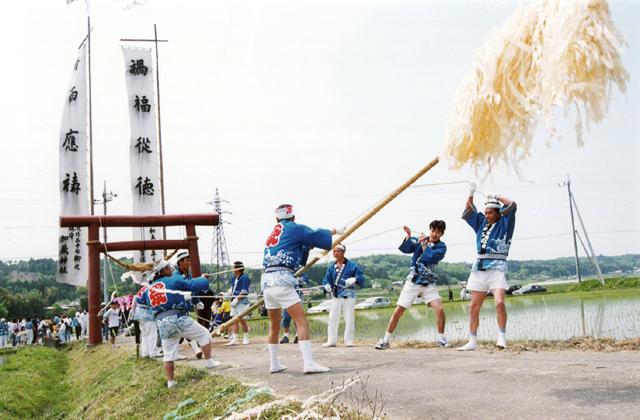 【2021年開催中止】加茂神社梵天奉納