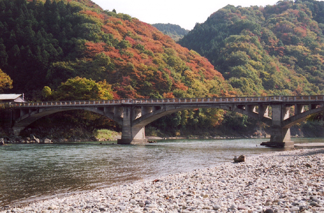 Autumn leaves of Rakuseki (Kanto Arashiyama)★09402ac2100115435