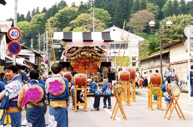 馬頭町静神社例祭(たけのこ祭り)