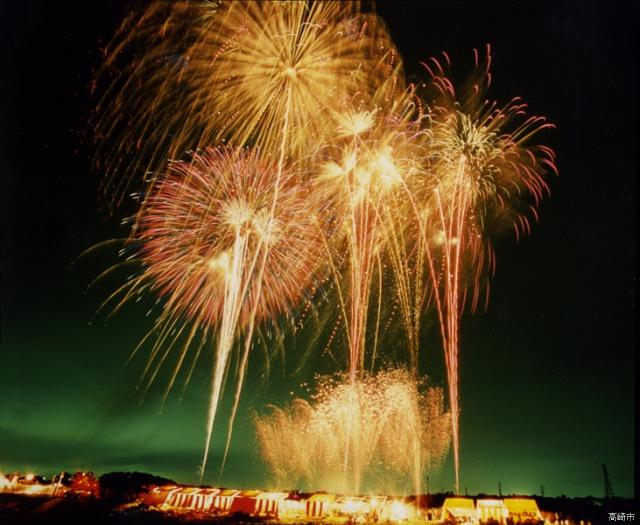 新町ふるさと祭り「花火大会・灯籠流し」「盆踊り大会」