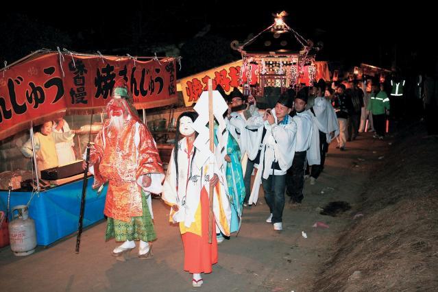 三嶋神社の夜祭り