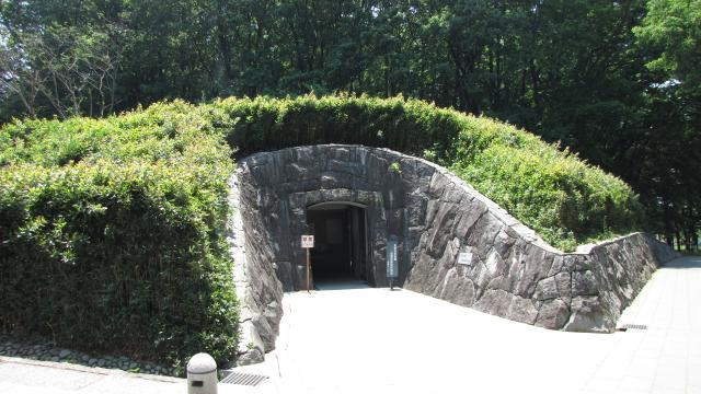 史跡岩宿遺跡遺構保護観察施設(岩宿ドーム)