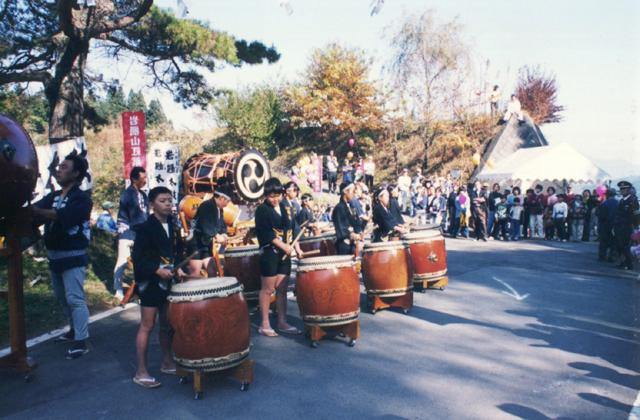 岩櫃山紅葉祭