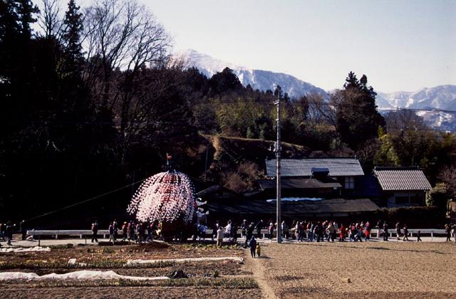 山田の春まつり