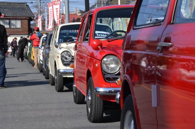 寄居町交通安全クラシックカーパレード