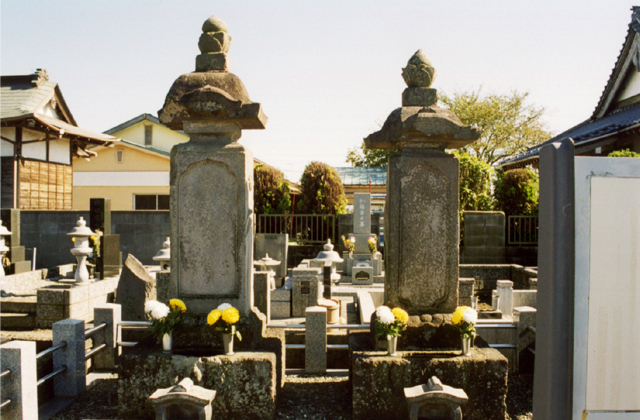 小島庄右衛門墓