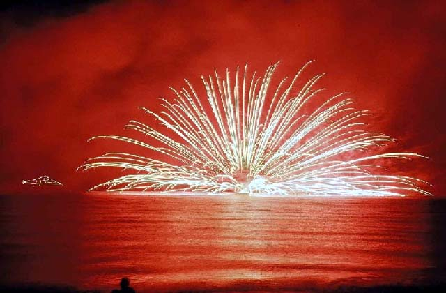 【2020年度中止】館山観光まつり館山湾花火大会