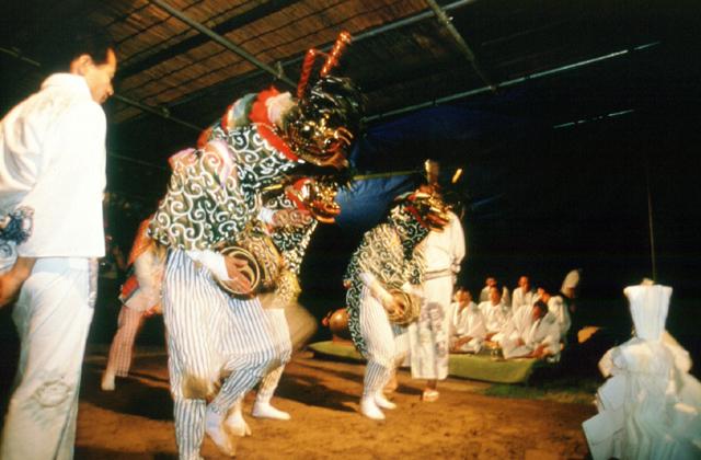 墨の獅子舞