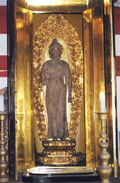 木造伝聖観音立像
