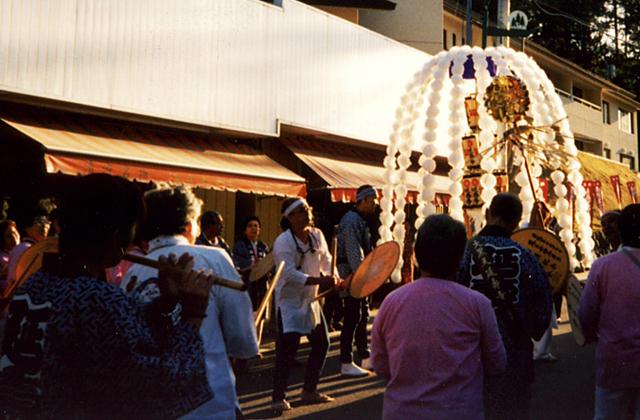 清澄寺お会式