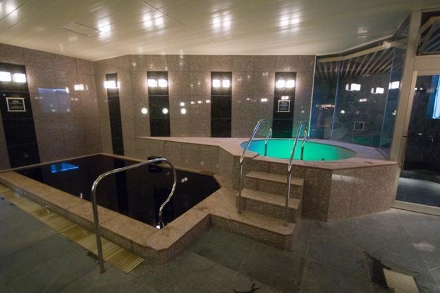 源泉掛け流し黒湯天然温泉 SPA&HOTEL和-なごみ-(日帰り温泉)