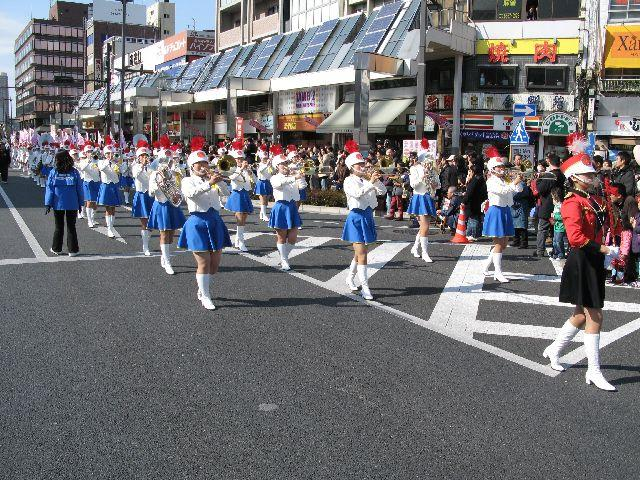 春の全国交通安全運動とすがも染井吉野桜まつり