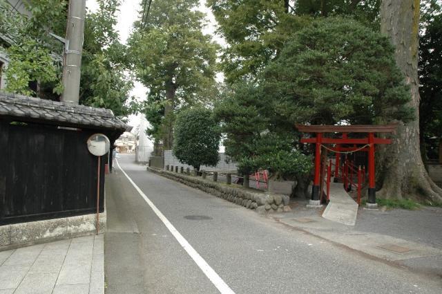 南稲荷神社