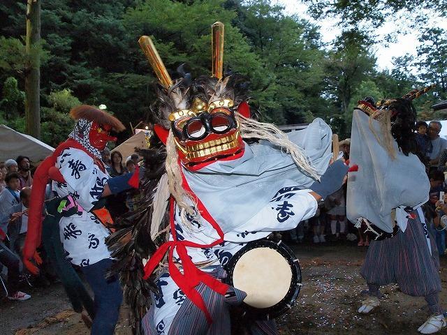 穴澤天神社獅子舞