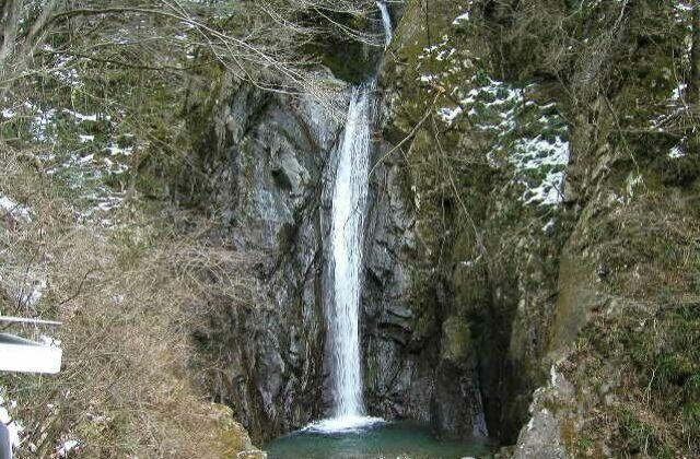 Waterfall of quiver Sawa★14422ab2040005527