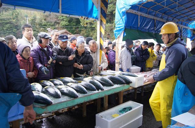 佐渡海府寒ぶり大漁祭り
