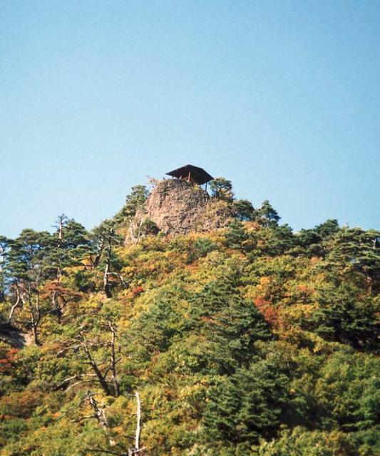 鷹の巣山展望台