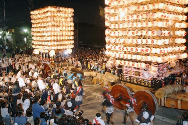 伏木曳山祭「けんか山」※令和2年度中止