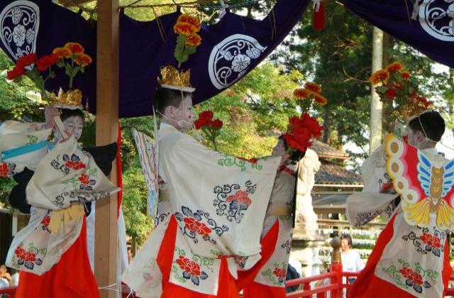 加茂神社・稚児舞