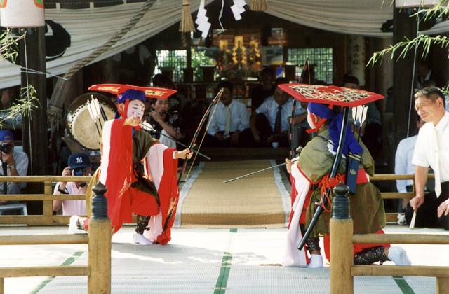 【2020年 縮小・無観客開催】熊野神社稚児舞