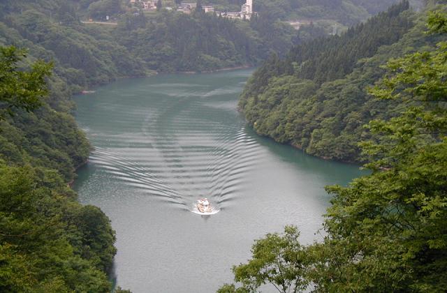 莊川遊覽船