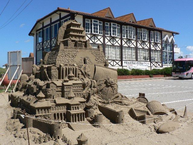 千里浜砂像