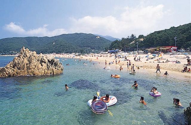 竹波(水晶浜)海水浴場