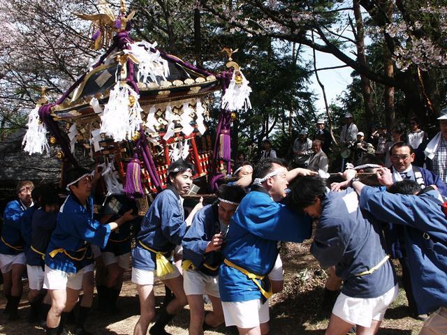 新府藤武神社祭典「お新府さん」
